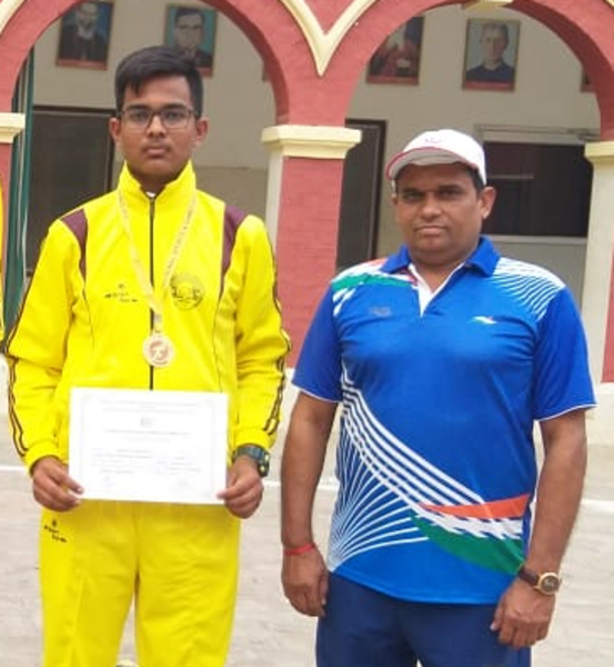 Apoorva with Coach Mr Pratap Chandel